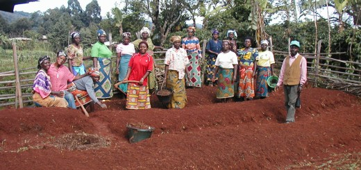 John Kangong of Riba RRC training a women's group on soil fertility management