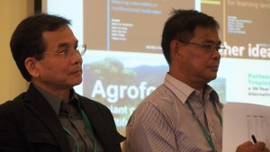 Rex Cruz (left) and Hendry Binahon. Photo: World Agroforestry Centre/Robert Finlayson