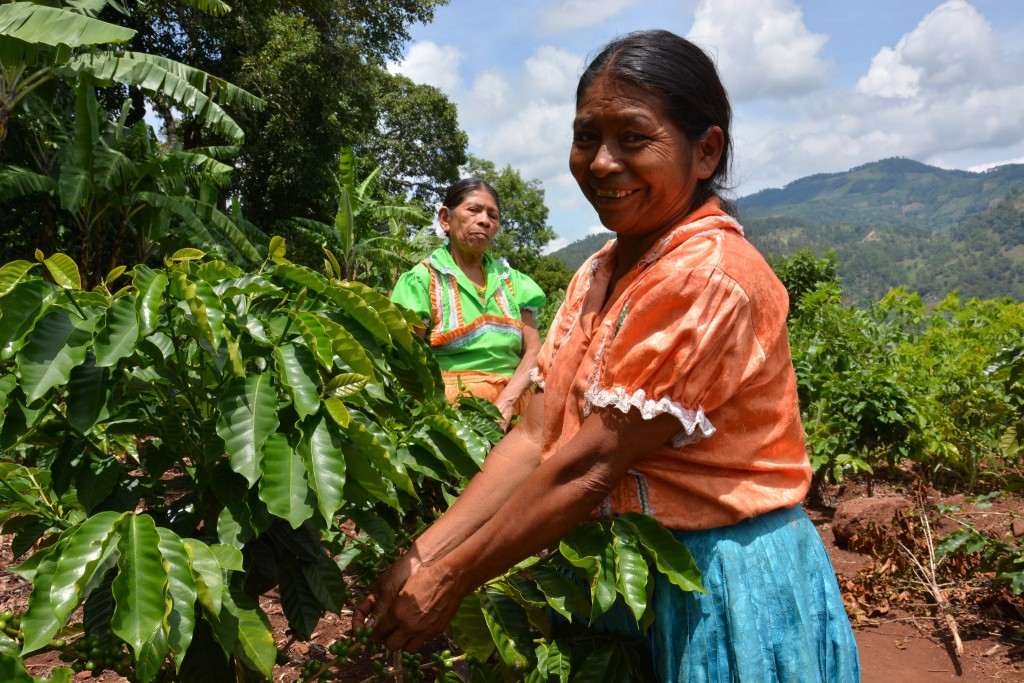 Women from a climate-smart village in Guatemala. Photo: J.L.Urrea (CCAFS)