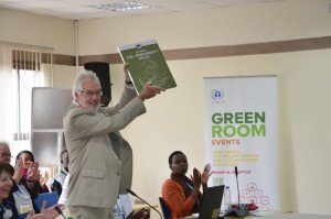 Dr. John Lynam, Chair of the Board of the World Agroforestry Centre unveils the Atlas