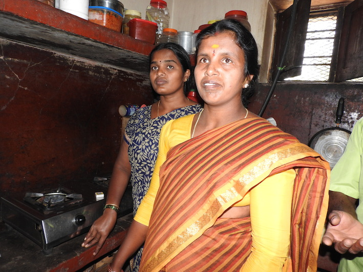 Oil cake from biofuel extraction further supports India's 'smokeless' villages