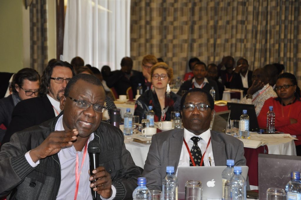 Participants at the Kenya dairy stakeholders' meeting discussing options for reducing greenhouse gas emissions from the livestock sector. Photo: World Agroforestry Centre/Susan Onyango