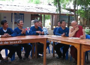 Discussions with monk and farmers at Pong Kham temple, Nan, Thailand. Photo by Lisa Hiwasaki/ICRAF