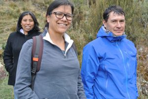 Mathez-Stiefel with Pedro Estrada of the Andean NGO ALLPA. Photo by Cathy Watson/ICRAF