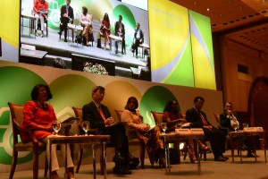 The first panel of leaders discussed the future of food during the Food Security Forum 2016. Takehiko Nakao is second from the left, while Sunny Verghese is first from the right. Photo: World Agroforestry Centre/Amy Cruz